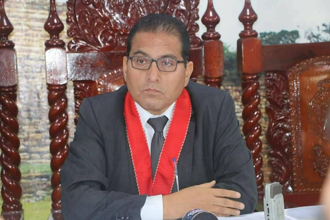 Presidente de la Junta de Fiscales de Amazonas se Defiende tras Denuncia en su Contra por Acoso Sexual
