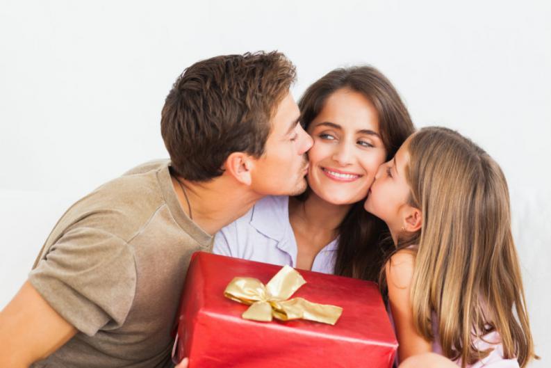 DÍA DE LA MADRE: 7 REGALOS QUE LAS MAMÁS MODERNAS SUEÑAN POR SU DÍA